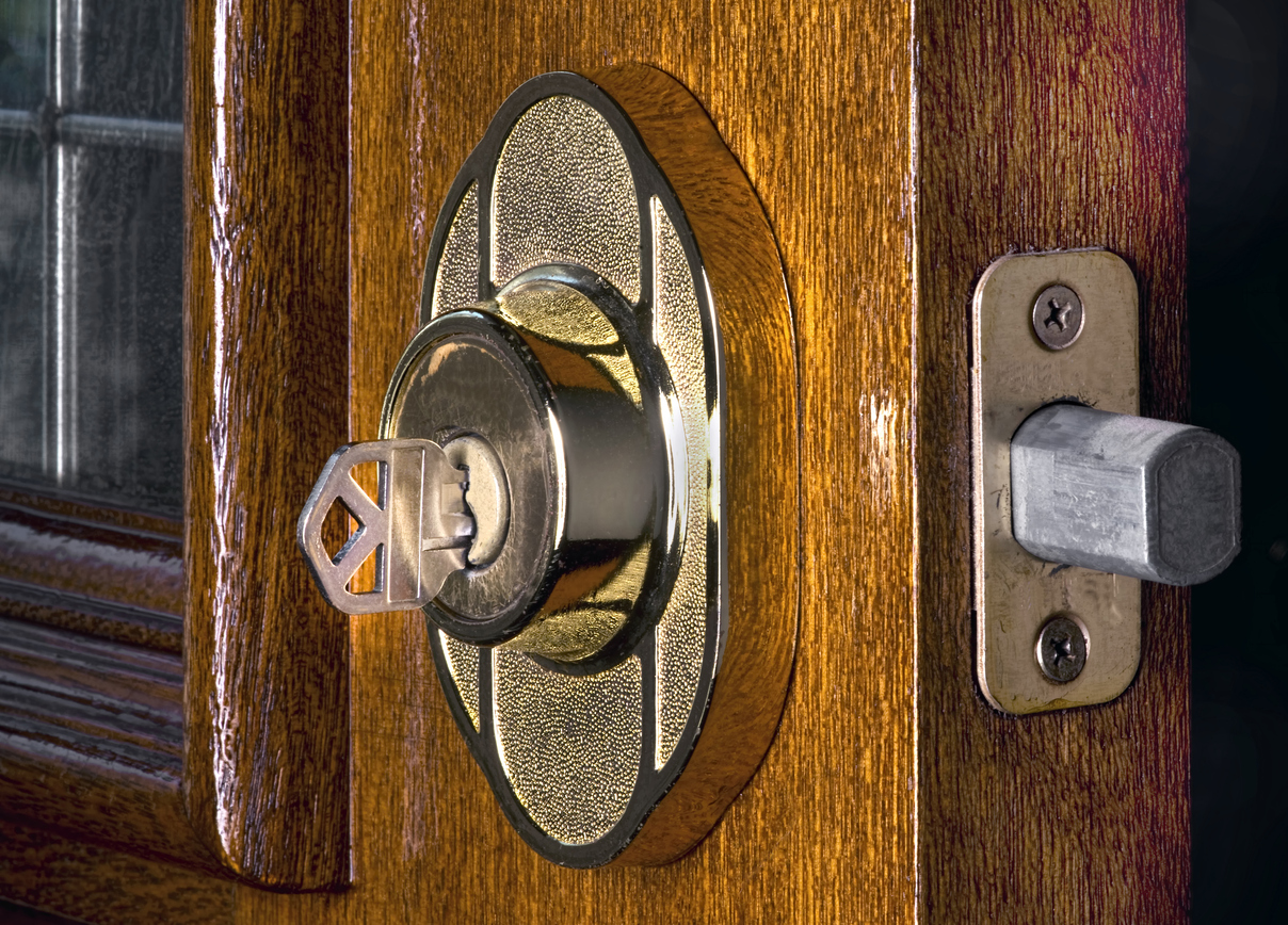 A good deadbolt lock is critical to any home security systems in Hunterdon NJ & Security Service Company | Holicong Locksmiths \u0026 Central Security Inc
